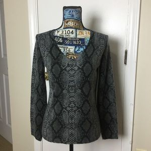 Like New  Josephine Chaus Snake print Pullover …